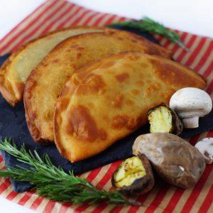 Чебуреки з картоплею